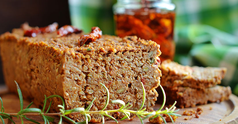 Quinoa super seed loaf