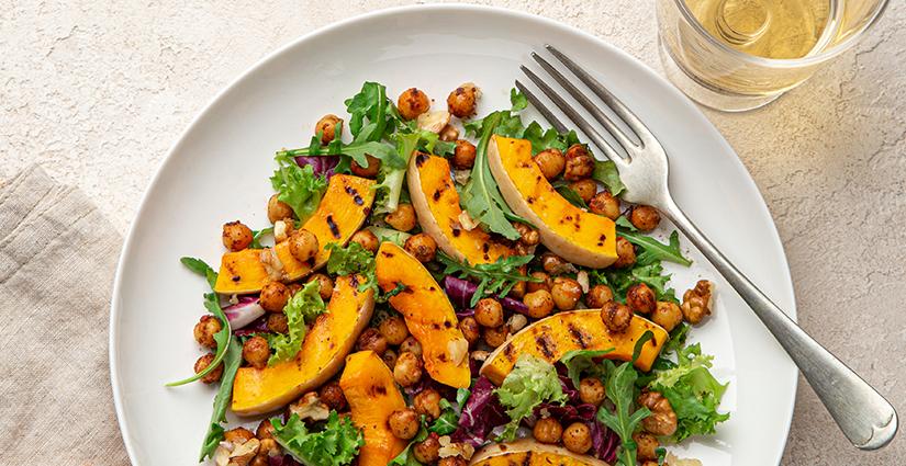 Pumpkin and Roasted Chickpeas Salad