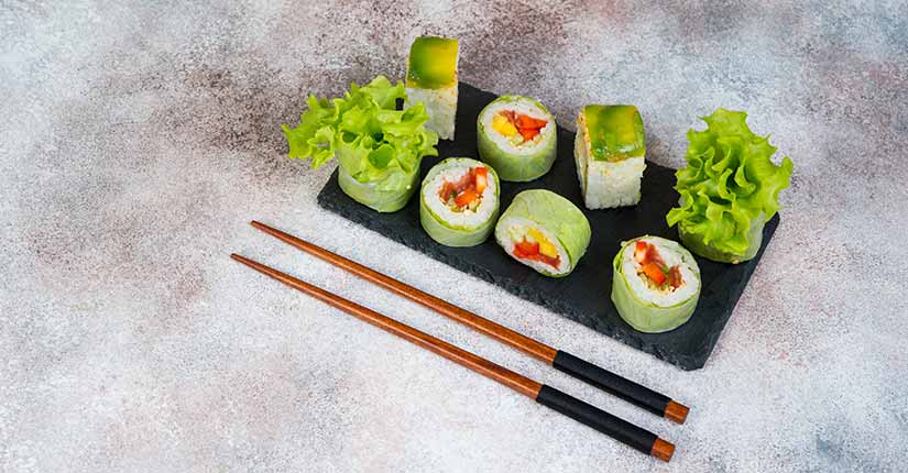 Vegetarian Sushi rolls with lettuce