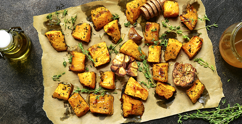 Baked pumpkin with garlic and thyme