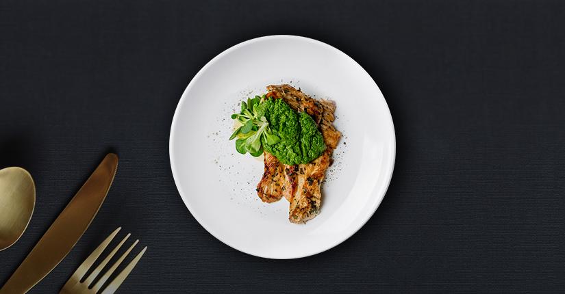 Grilled Chicken with Spinach & Pesto