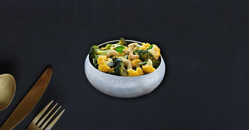 Earthy Cauliflower with Roasted Cashew