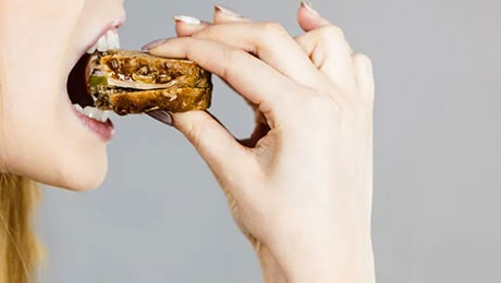 What your food cravings telling about your Health
