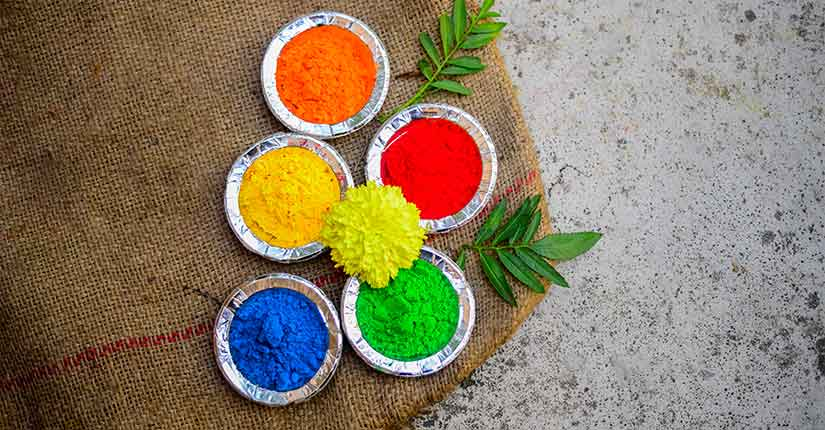 Holi DIY- Try these Natural Colours To Make your Holi Safe and Sound