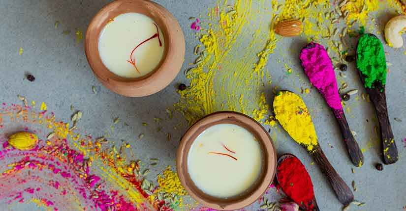 Holi Special: Try These Delectable Thandai Recipes for a Super Refreshing and Healthy Holi Bash