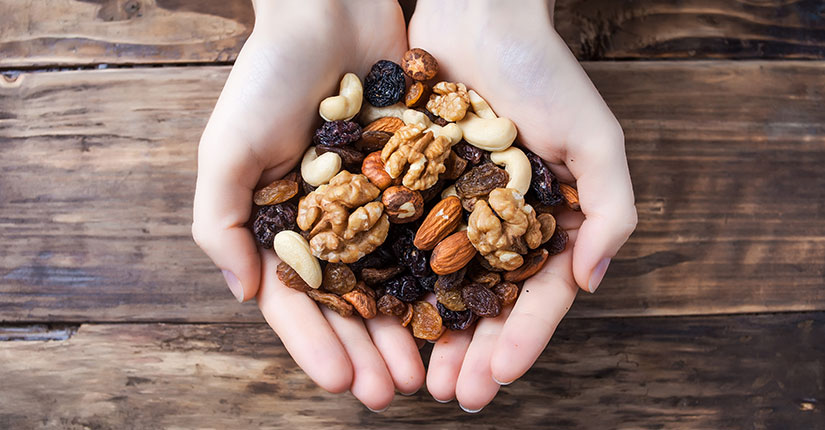 Healthy Mix up: 5 Ways to build your own Trail Mix